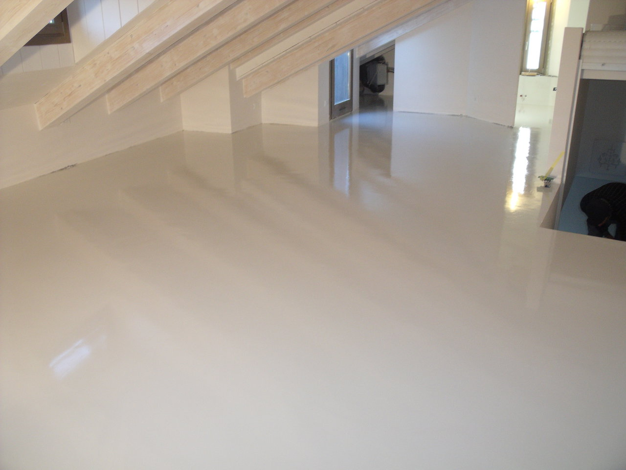 Pavimento Bianco Lucido Prezzo : Pavimento bianco lucido prezzo piastrelle soggiorno pavimento in